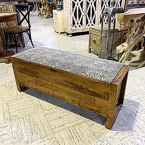 Sold! Wood Storage Bench Trunk